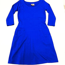 Load image into Gallery viewer, Lynn Ritchie Royal blue dress with pockets Sz M