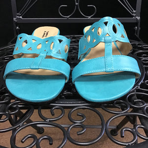 Valley Lane Sandals sz 7.5