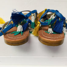 Load image into Gallery viewer, Tassel Sandals sz 9