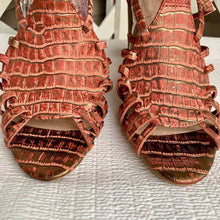 Load image into Gallery viewer, Miss Albright Sandals sz 9