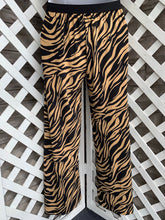 Load image into Gallery viewer, ADRIENNE VITTADINI pant size S
