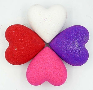 Gift Box with a purchase of 4 Bath Bombs Hearts.