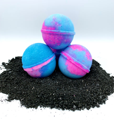 Candy Lips Bath Bombs