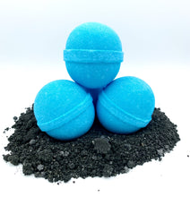 Load image into Gallery viewer, Blue Balls Bath Bombs