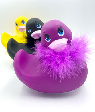 Ducky Vibrating Massager ~ Free Bath Bomb & Batteries Included