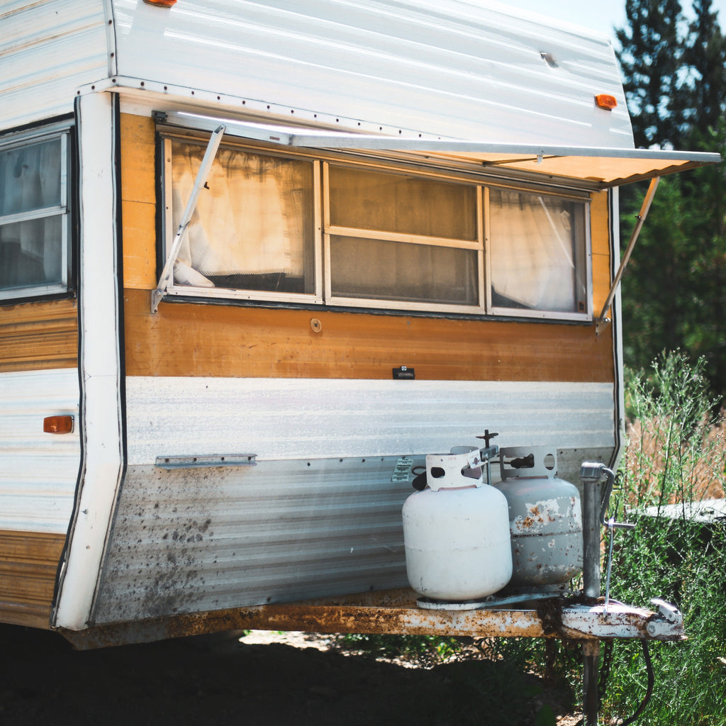 CHANGING YOUR RV PROPANE TANKS