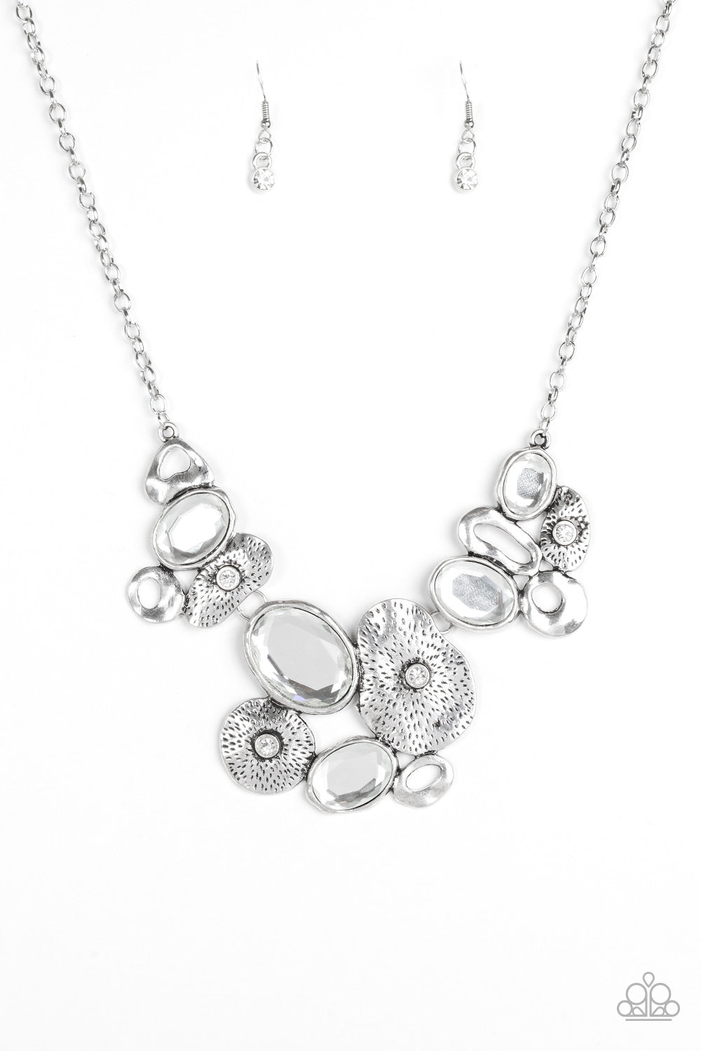 Paparazzi Grotto Grandeur Necklace - White