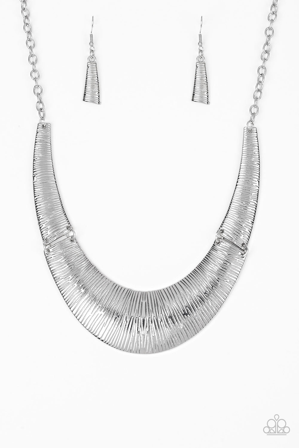 Paparazzi Feast or Famine Necklace-Silver