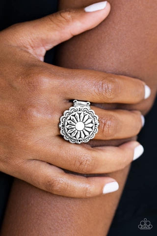 Daringly Daisy - White Ring - Paparazzi Accessories