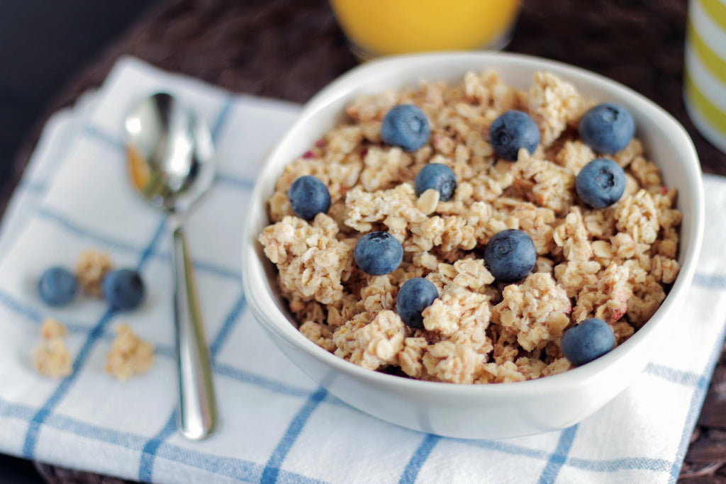 Low-sugar cereal with blueberries