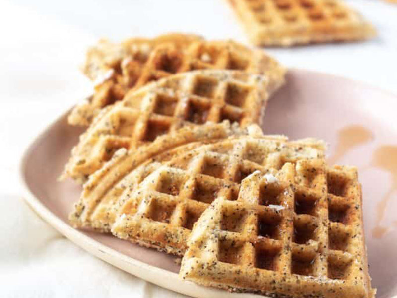 Keto breakfast no eggs - keto waffles