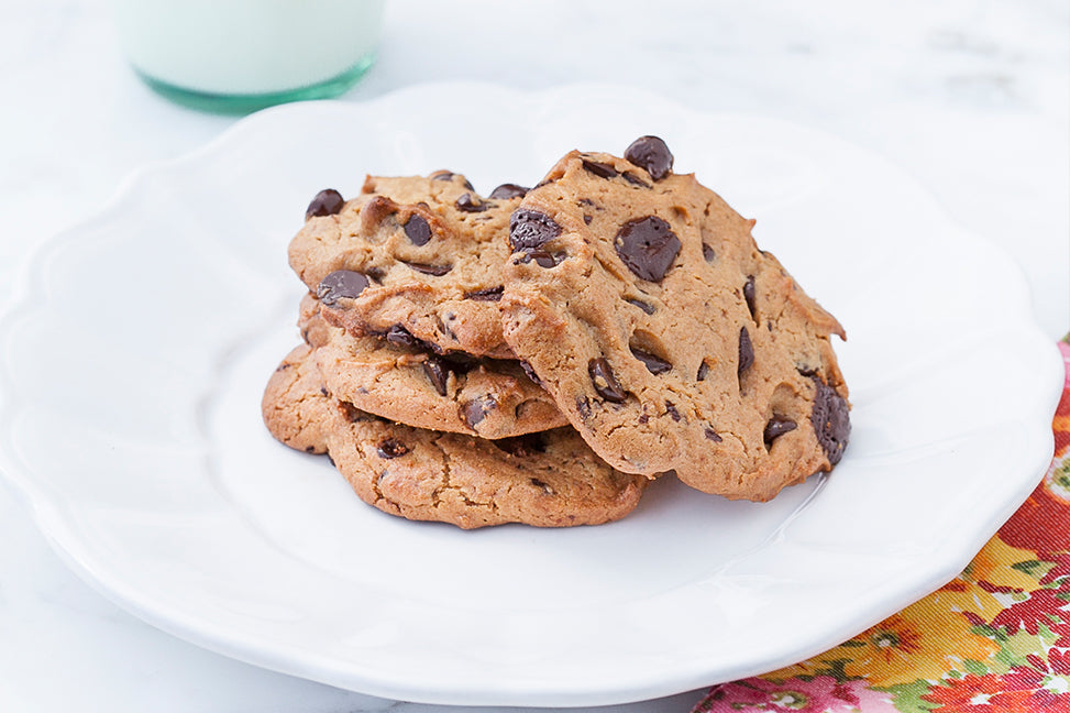 Nut-free snacks: Chocolate chip cookies