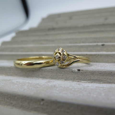 Fitted wedding band (heirloom engagement ring) and plain wedding band in yellow h gold.