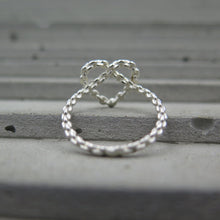 Load image into Gallery viewer, Chain Heart Ring
