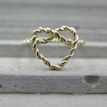 Load image into Gallery viewer, Twisted Heart Ring
