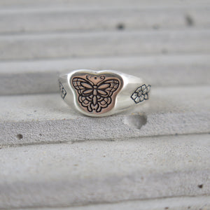 Butterfly (Mini) Signet