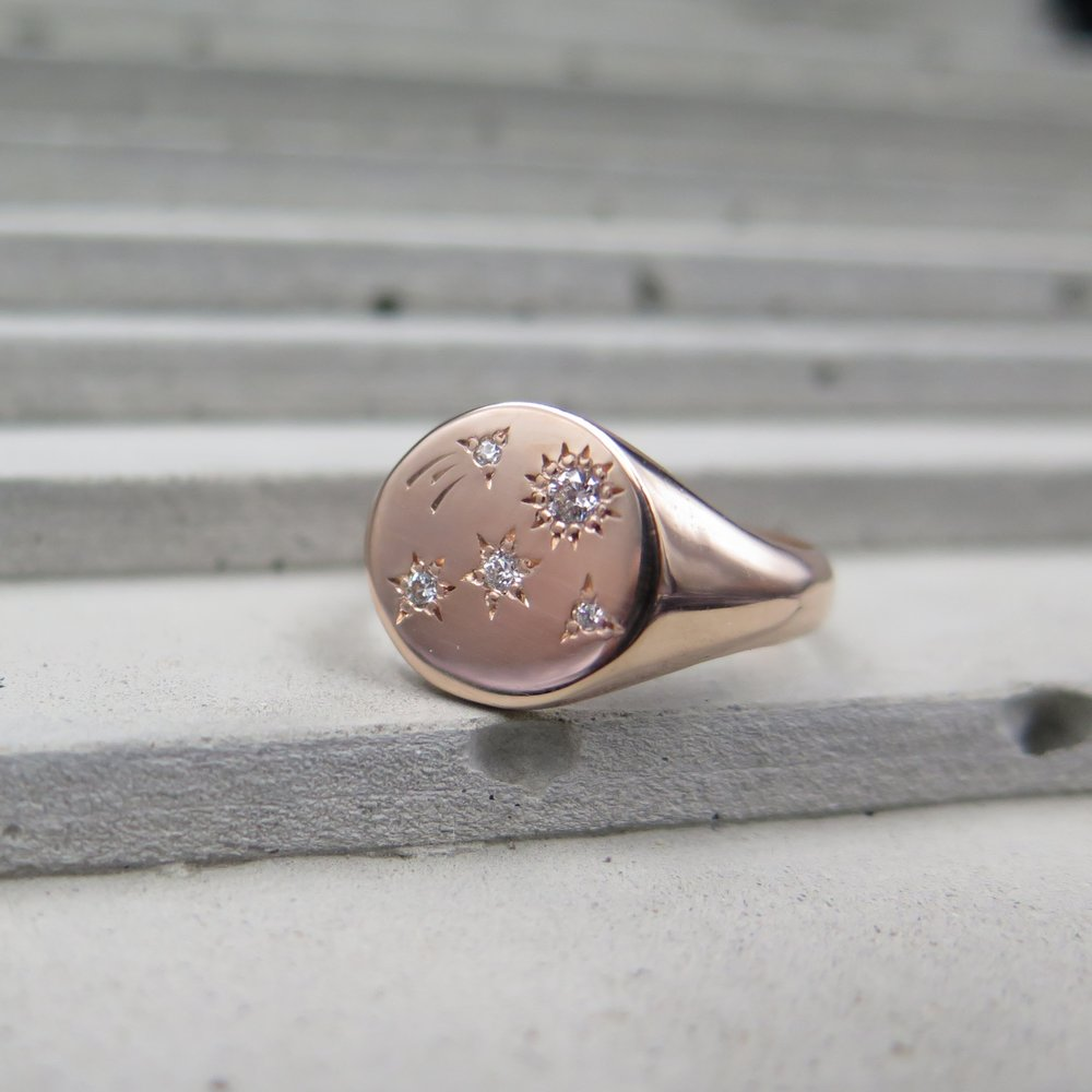 Shooting Star Signet Ring - Diamonds