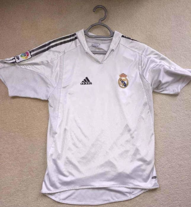 official photos 79714 2c321 S Men's Real Madrid Football Shirt Old Retro