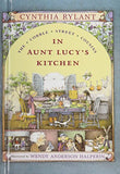 In Aunt Lucy'S Kitchen (Cobble Street Cousins)