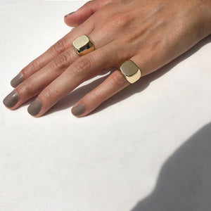 Signet family rings squared gold colombian jewelry