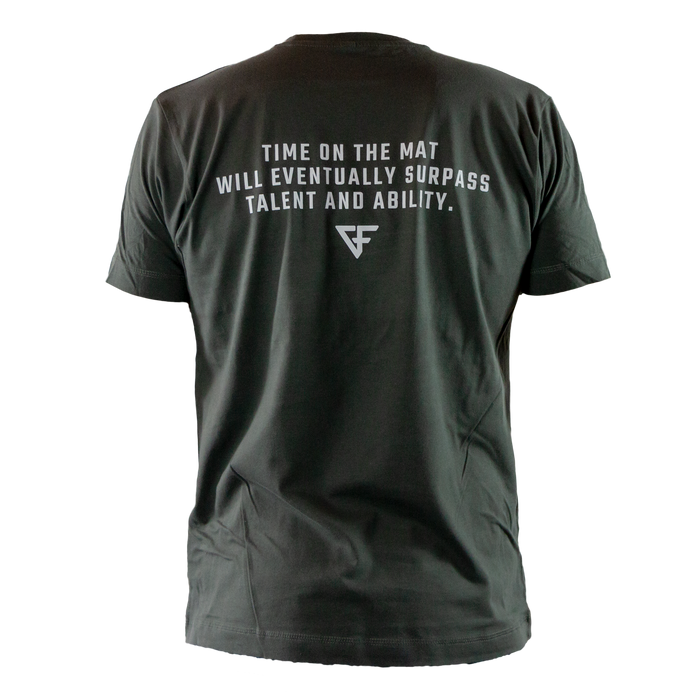 Ground Force Quote T-shirt Time on the mat back grey green
