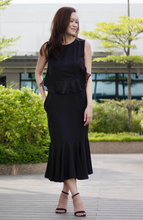 Load image into Gallery viewer, Chic Ruffle Sheath Flute Hem Dress