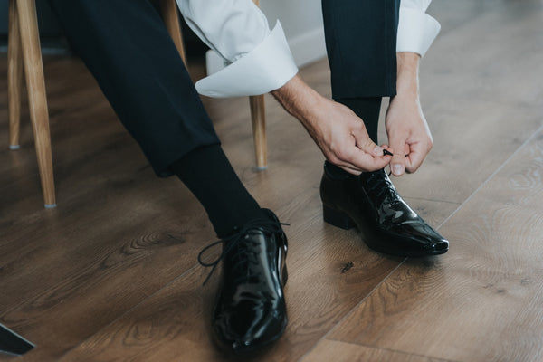 How to Tie Dress Shoes Correctly
