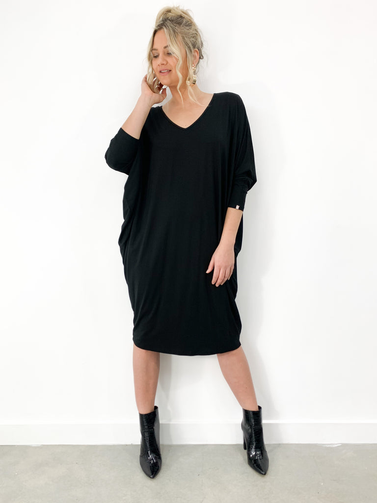 Long Sleeve Miracle Dress in Black