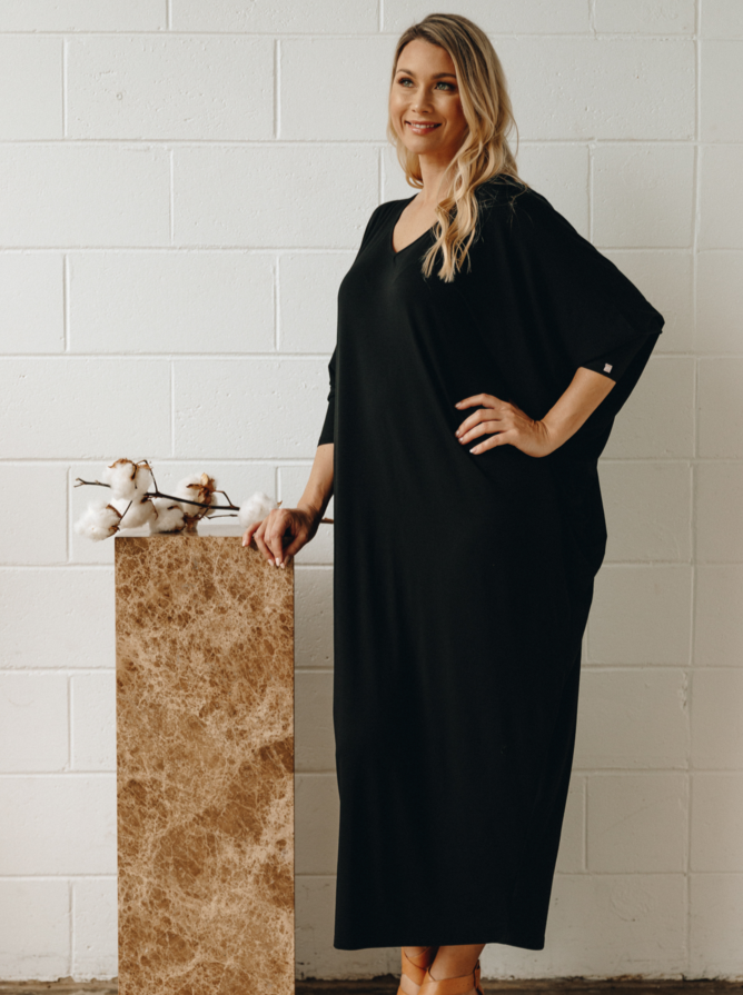 Long Sleeve Maxi Miracle Dress in Black