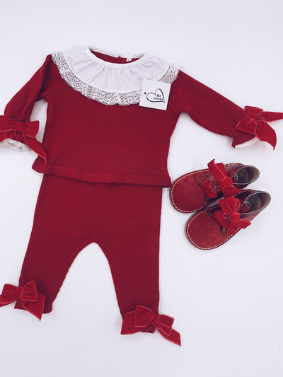 MI LOVES  SIGNATURE LUXURIOUS Knitted suit with velvet bows in Red.