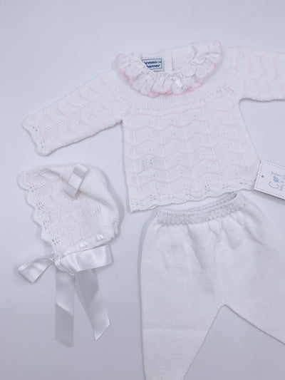 Carmen Taberner Beautiful 3 piece set with Frilly collar