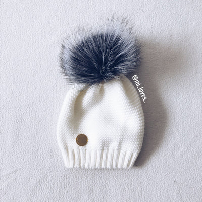 MILOVES Signature Single Pompom hat with Silver fur pompom.