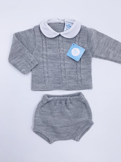 Knitted 2 piece short set with Peter Pan collar