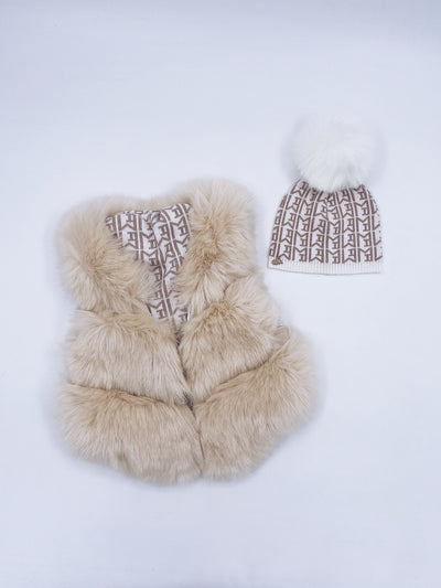 MI LOVES SIGNATURE Synthetic fur vest in cream