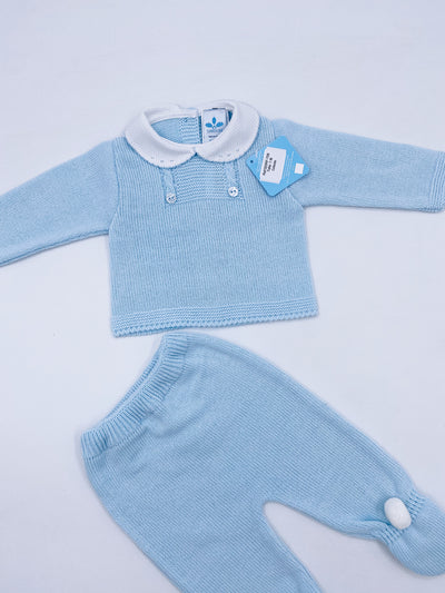 Beautiful knitted baby set in baby blue (N708)