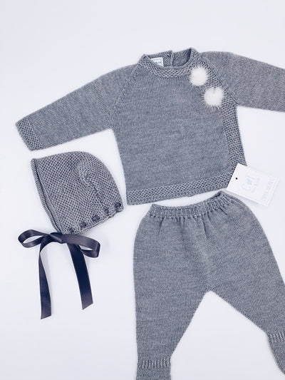 Beautiful Carmen Taberner baby knitted 3 piece set with pom-poms