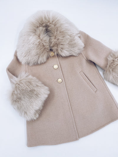 MI LOVES SIGNATURE Luxurious cashmere kids coat with Synthetic fur trim and cuffs in Beautiful Nude colour.