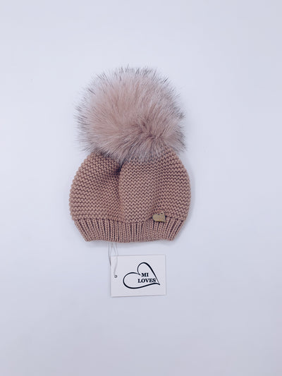 MI LOVES SIGNATURE Knitted pompom hat