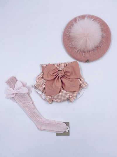 Beautiful Pink bloomers/shorts with bow