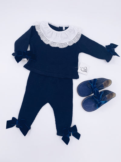 MI LOVES  SIGNATURE LUXURIOUS Knitted suit with velvet bows in Navy