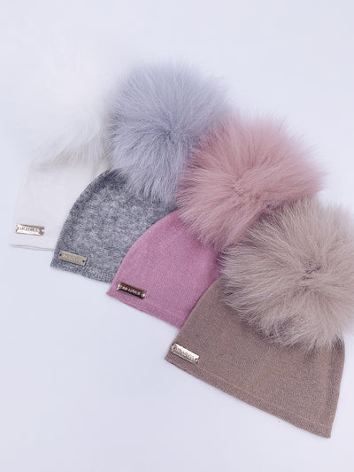 MI LOVES SIGNATURE LUXURIOUS FINE KNIT ANGORA HAT WITH FOX FUR POMPOM