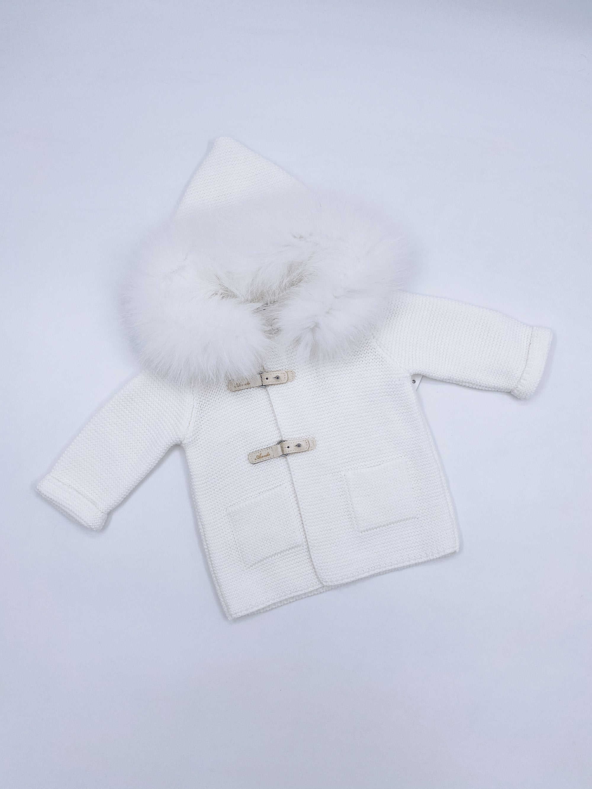 Ivory knitted cardigan with Luxurious Fox fur trim