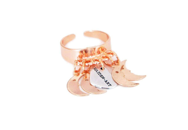 Statement ring in rose gold with moon charms - Maiden-Art.com