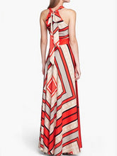Load image into Gallery viewer, Crew Neck  Printed Maxi Dress