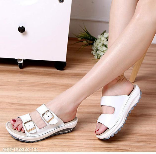 Casual Non-Slip Metal Buckle Leather Ladies  Flat Sandals