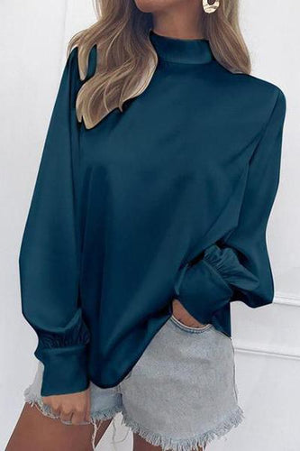 Turtleneck Lantern Sleeve Snow Spinning Shirt