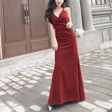 Load image into Gallery viewer, Sexy Fashion V Collar Spaghetti Straps Plain Evening Dress