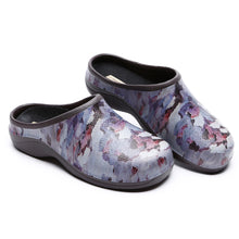 Load image into Gallery viewer, Camo Garden Clogs Backdoorshoes®
