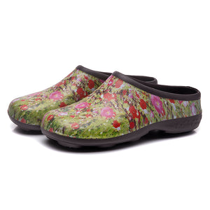 Chunky Tread Poppy Garden Clogs