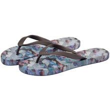 Load image into Gallery viewer, Tree Camo Mens Flip Flops